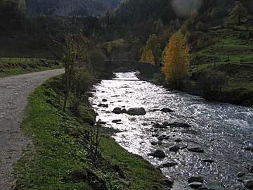 [river & bridge]