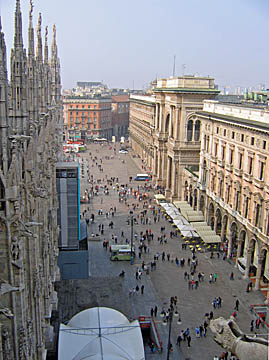 [street from duomo]