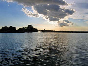 [lagoon]